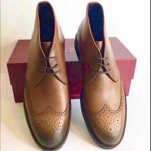 """To Boot NEW Leather """"Colbert"""" Amber Chukka Boots"""